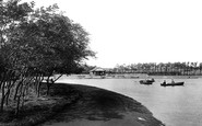 Barrow-In-Furness, Park Lake 1924