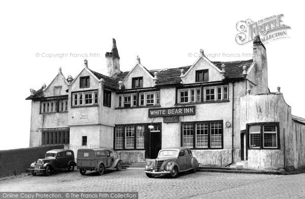 Photo of Barrowford, the White Bear Inn c1950
