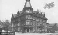 Barry, Hotel 1899