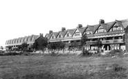 Barry, The Parade 1906