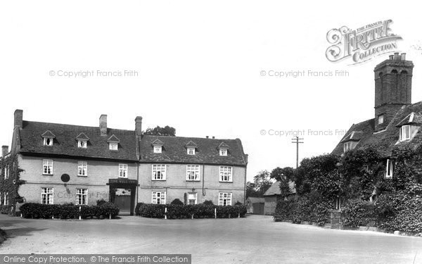 Barton Mills, The Bull Inn 1925