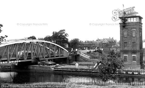 Barton Upon Irwell, Barton Bridge Road c.1955