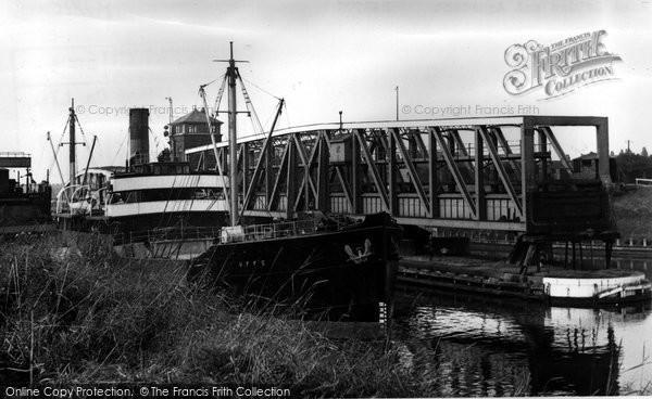 Barton Upon Irwell, Bridge And Aqueduct c.1955