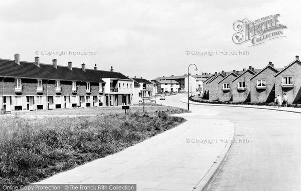 Photo of Basildon, Long Riding c1960