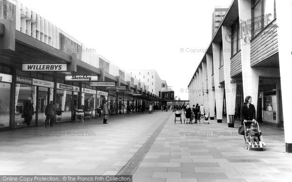 Basildon Town Centre C 1965 Francis Frith