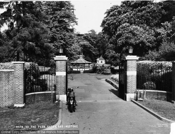 Basingstoke, The War Memorial Park Gates c.1955