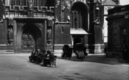 Bath, Abbey, West Door And Invalid Carriages 1925