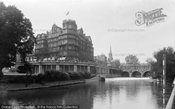 Bath, Empire Hotel And Pulteney Bridge 1935