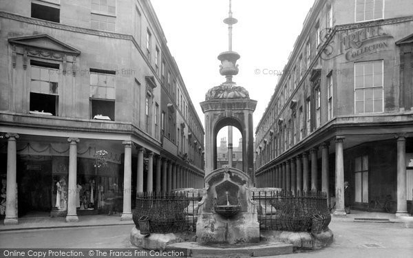 Bath, Mineral Water Fountain 1935
