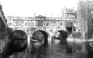 Bath, Pulteney Bridge 1904