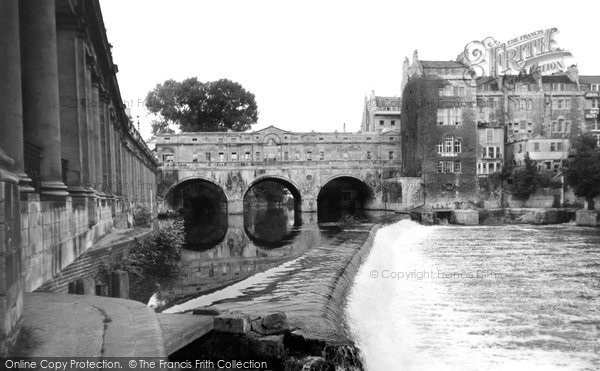 Bath, Pulteney Bridge c.1960