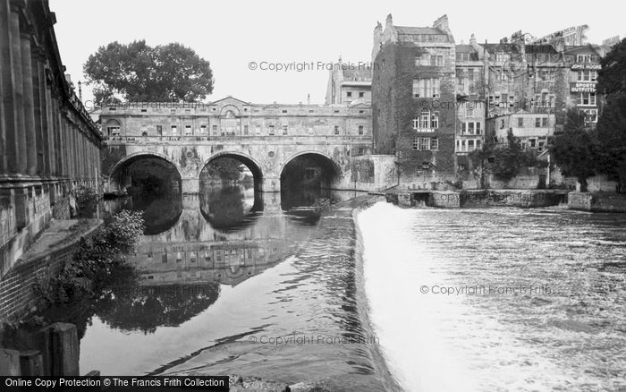Bath, Pulteney Bridge c.1965