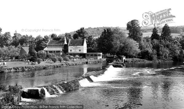 Photo of Bathampton, the Weir and Hotel c1960