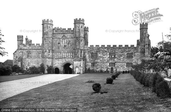 Battle, Abbey Gateway 1927