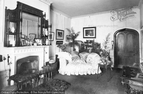 Battle, Abbey Haunted Room 1910