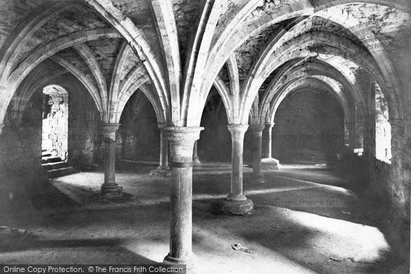 Battle, Abbey, The Crypt 1910