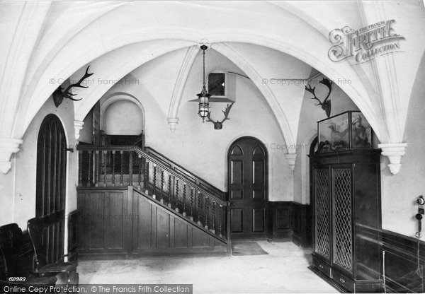 Battle, The Abbey, Beggar's Hall 1910