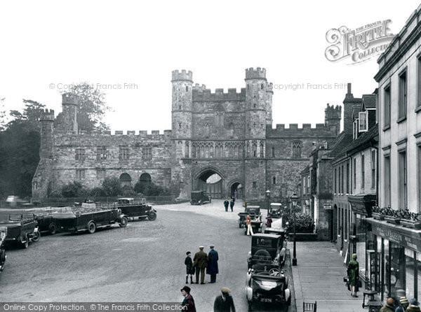 Battle, The Abbey Gatehouse 1927