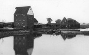 Battlesbridge, The River Crouch c.1955