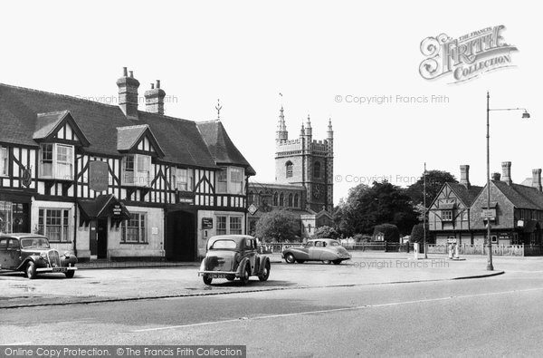Beaconsfield, The Royal Saracen's Head c.1955
