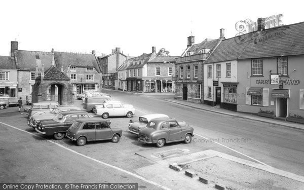Beaminster, The Square c.1965