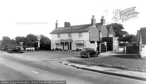 Beare Green, The Dukes Head Hotel c.1955
