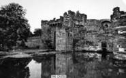 Beaumaris, Castle And Moat 1930