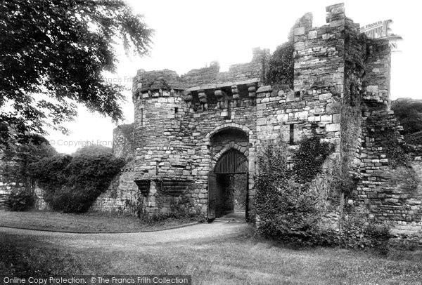 Beaumaris, Castle Gateway 1911