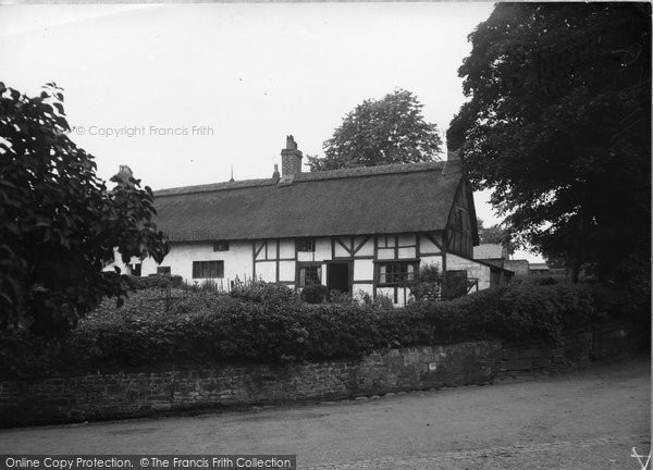Bebington, A Pretty Cottage 1936