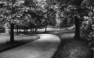 Bebington, Dickens' Avenue,  Mayer Park 1936