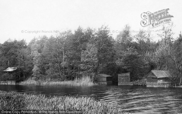 Beccles, Dunburgh Boat House 1900