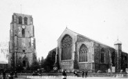 Beccles, Parish Church c.1910