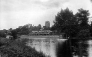 Beccles, The River And Church 1923