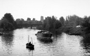 Beccles, The River c.1960