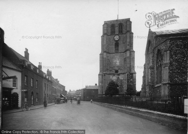 Beccles, The Walk c.1930