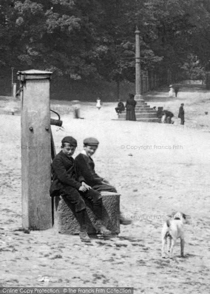 Bedale, The Village Pump 1896