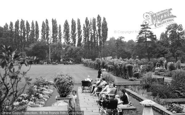 Beddington, The Grange, Gardens And Flowered Walk 1950