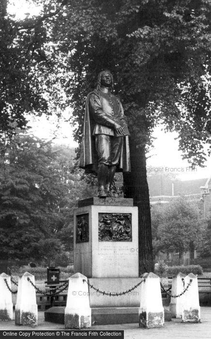 Bedford, Bunyan Memorial And Church Green c.1955