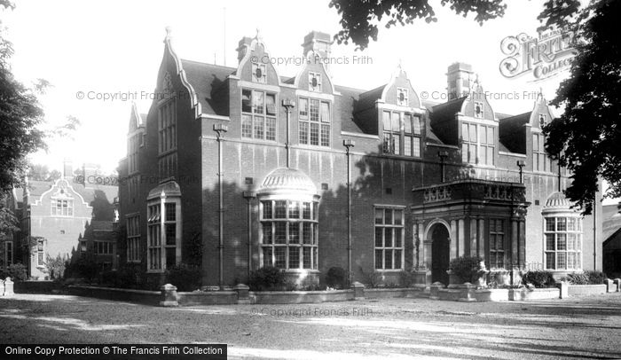 Bedford, Girls' School 1897