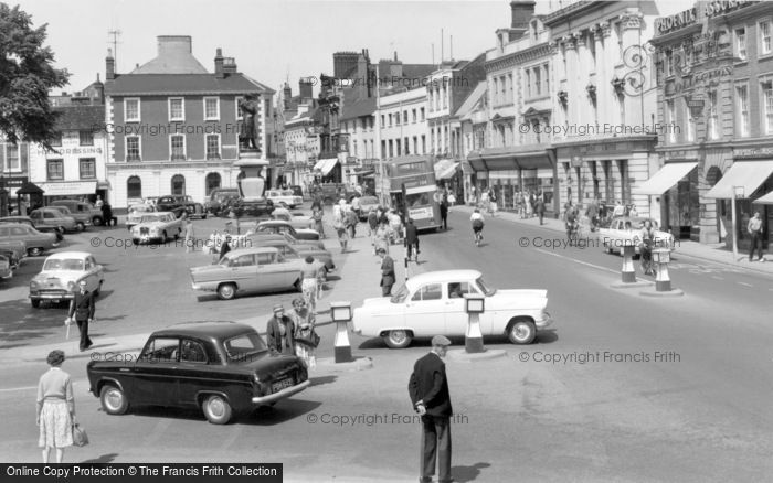 Bedford, St.Paul's Square And High Street 1960