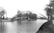 Bedford, Suspension Bridge 1898