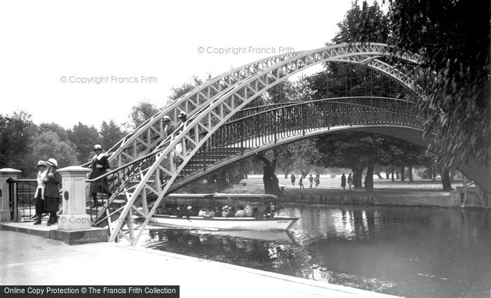 Bedford, Suspension Bridge 1921