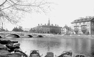 Bedford, Swan Hotel And The River Ouse 1898