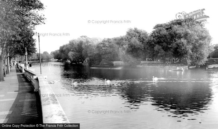 Bedford, The River Ouse c.1965