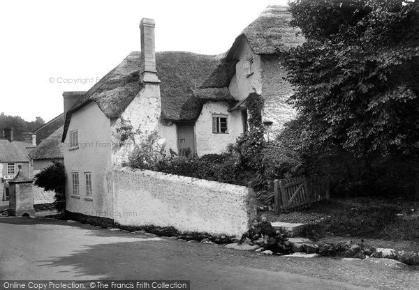 Beer, Shepherds Cottage 1922