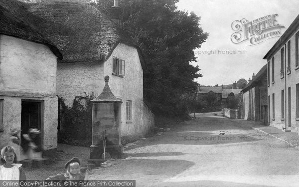 Beer, Village Pump 1901