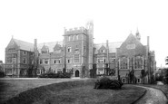 Photo of Belfast, Methodist College, McArthur Hall 1897