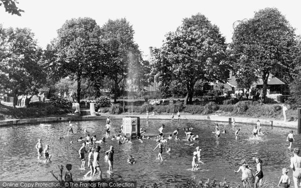 Belvedere, Fountain And Childrens Pond c.1950