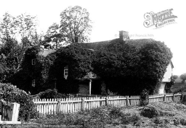 Benson, Bensington Weir, Old Cottage 1893