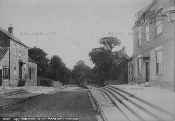 Berkeley, Canonbury Street 1904